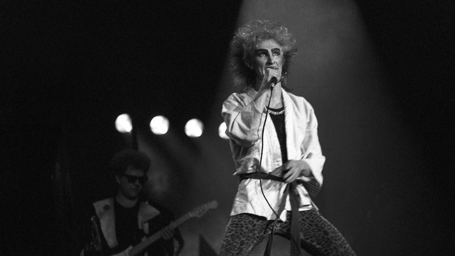 Солист советской рок-группы «Рондо» Александр Иванов, 1988 год