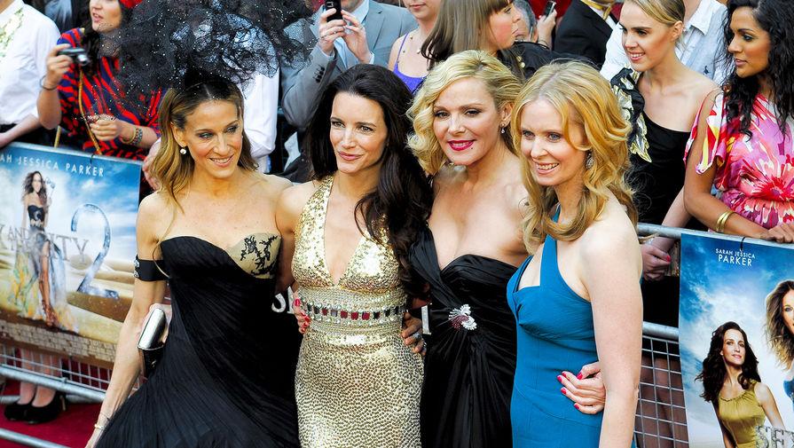 Сара Джессика Паркер, Кристин Дэвис, Ким Кэтролл и Синтия Никсон на премьере фильма «Секс в большом городе 2», 2010 год