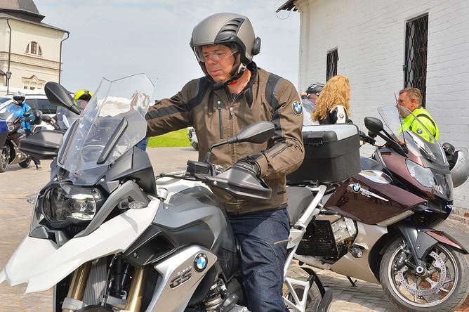 Антон Силуанов во время мотопробега в Казани, 2013 год