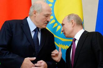 Президент Белоруссии Александр Лукашенко и президент России Владимир Путин во время встречи Высшего Евразийского экономического совета в Санкт-Петербурге, 6 декабря 2018 года