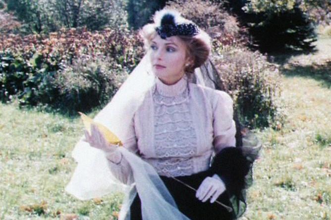 Ирина Цывина в фильме «Вечный муж» (1990)