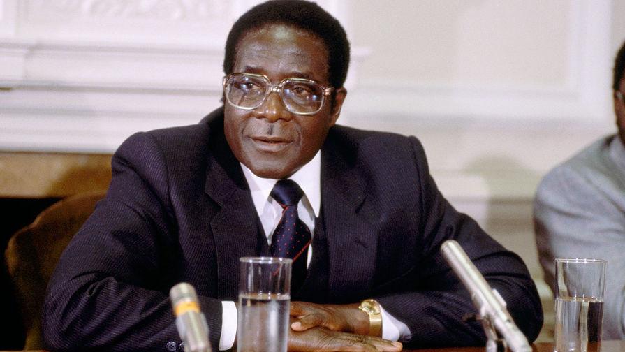Роберт Мугабе, 1982 год