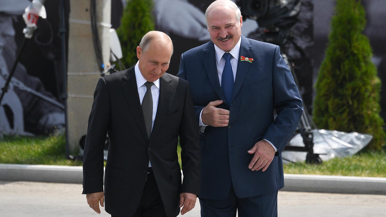 Путин отметил сдержанность правоохранительных органов во время протестов в Белоруссии - Газета.Ru | Новости