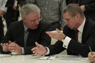 Президент КХЛ Александр Медведев заявил, что к концу года у «Локомотива» будет две команды