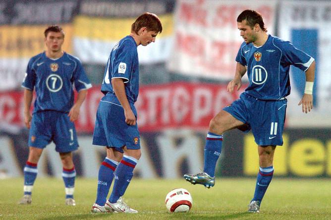 В отборочном матче ЧМ-2006 против Словакии Аршавину и партнерам не удалось добиться победы
