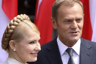 Юлия Тимошенко и Дональд Туск в Кракове (2009 год)