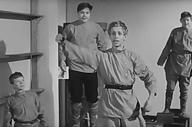 Николай Годовиков в фильме «Республика ШКИД» (1966)