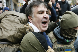 Бывший президент Грузии и бывший губернатор Одесской области Украины Михаил Саакашвили во время задержания в Киеве, 5 декабря 2017 года
