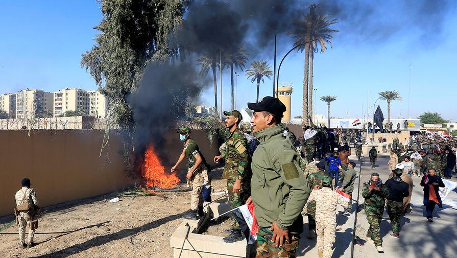 Новый ракетный удар: как американцев выживают из Ирака