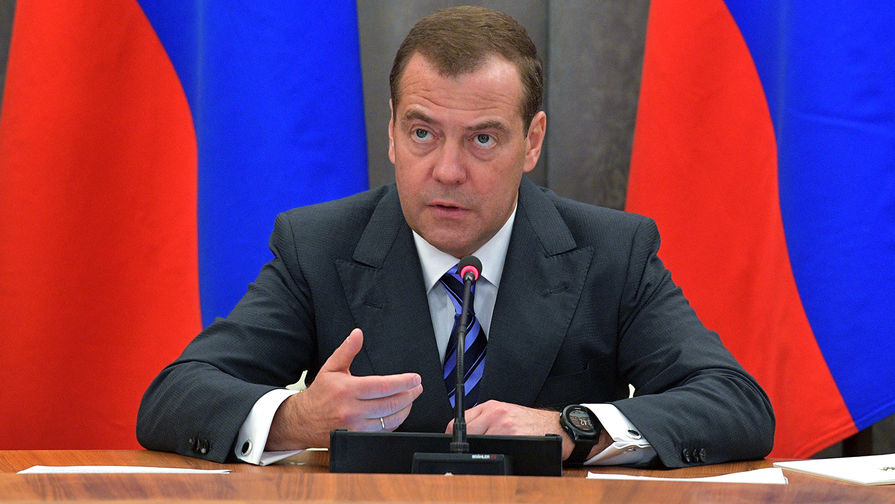 Медведев сохранит пост председателя Единой России