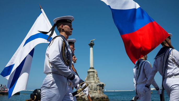 Российские военнослужащие на праздновании Дня ВМФ в Севастополе, июль 2018 года