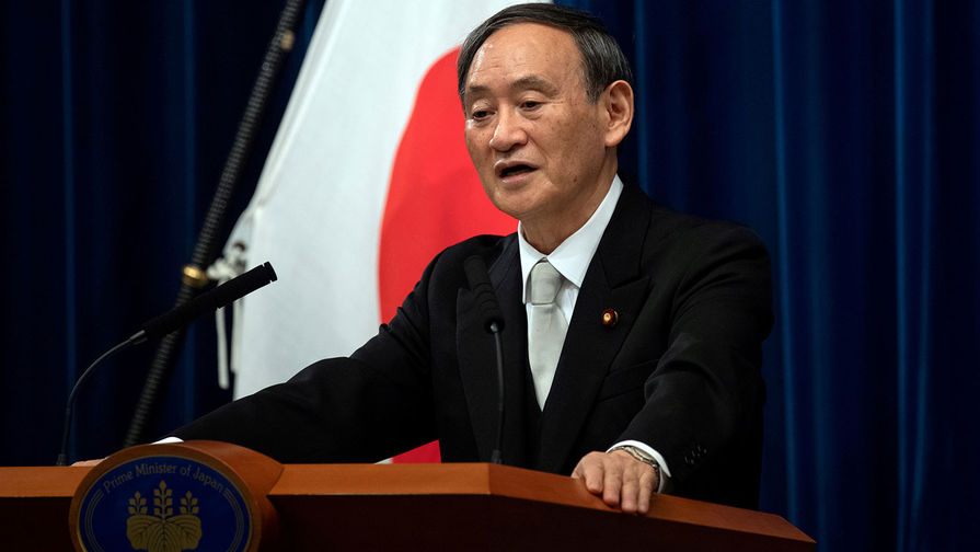 Премьер Японии намерен следовать курсу Абэ в отношении переговоров с Россией