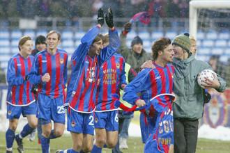В 2003 году ЦСКА впервые выиграл золото чемпионата России по футболу