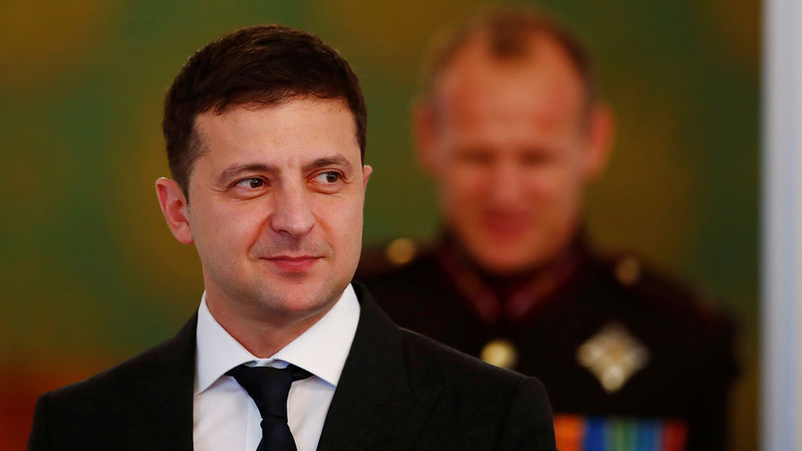 Зеленский считает ситуацию на Донбассе контролируемой