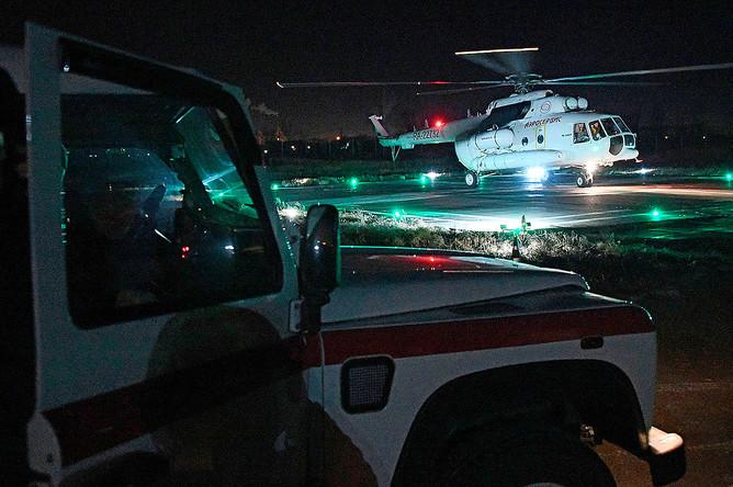 Вертолет санитарной авиации авиакомпании Аэросервис, доставивший в Читу пострадавших в катастрофе, 1 декабря 2019 года