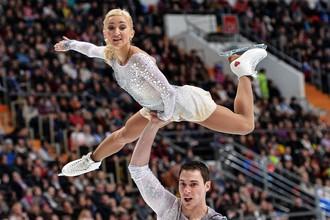Немцы Алена Савченко и Брюно Массо в произвольной программе парного катания