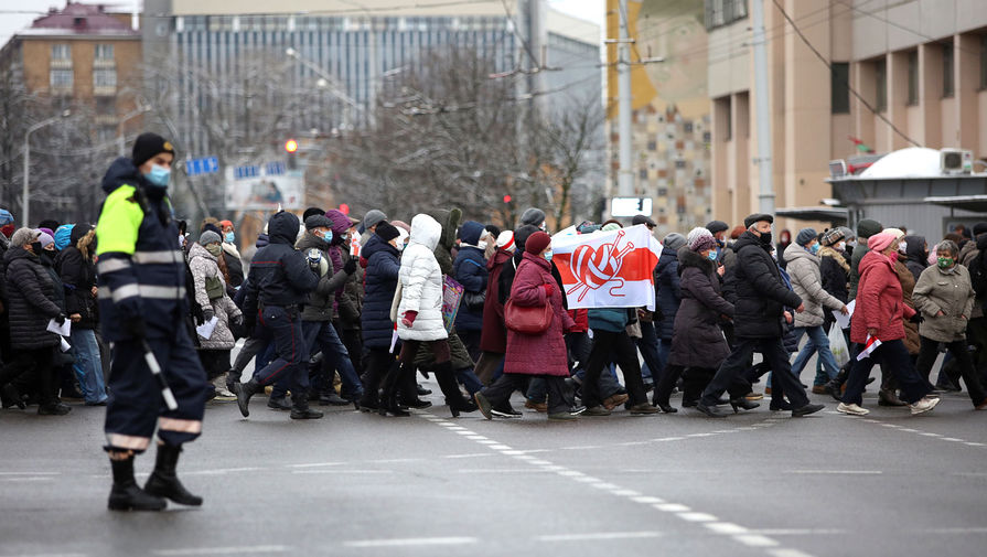 На незаконных акциях в Белоруссии задержали свыше 200 человек