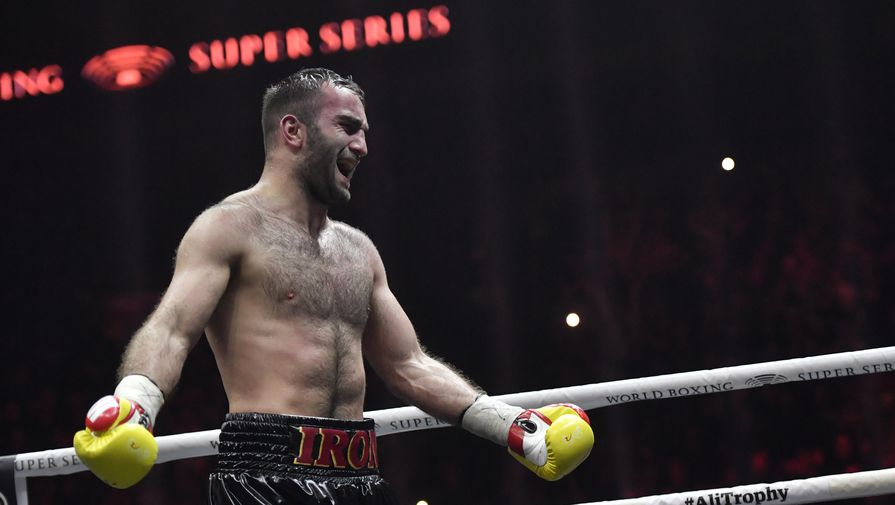 Гассиев может подраться с американцем вместо украинского боксера Усика