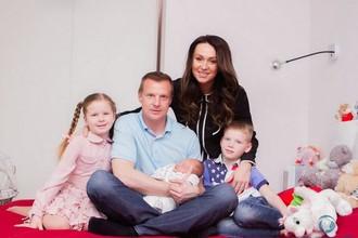 В семейном реалити-шоу пока дебютировали только Вячеслав и Екатерина