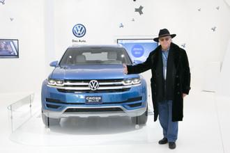 Александр Тихонов с Volkswagen CrossBlue