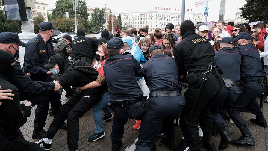 Задержания студентов в ходе акции протеста в Минске, 1 сентября 2020 года