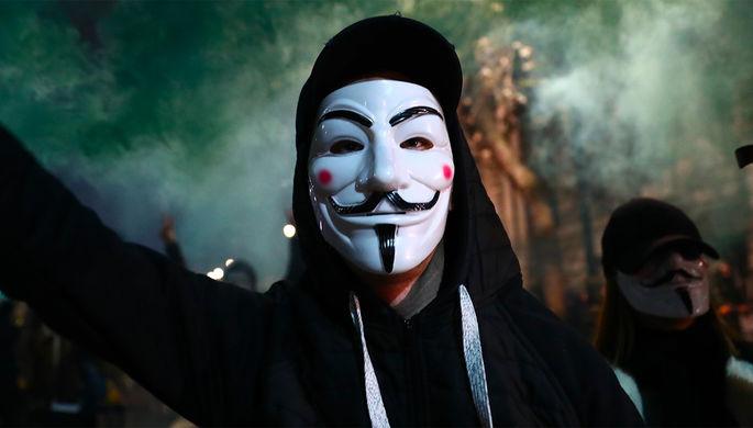 Имя нам — легион: чем известна угрожающая Маску группировка Anonymous