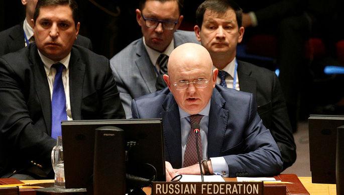 Постпред России при ООН Василий Небензя во время встречи Совбеза ООН по Сирии в Нью-Йорке, 9 апреля...