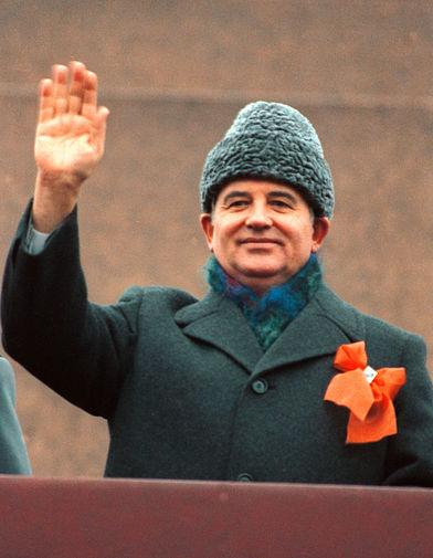 Горбачев призвал победить пандемию коронавируса не используя политические игры