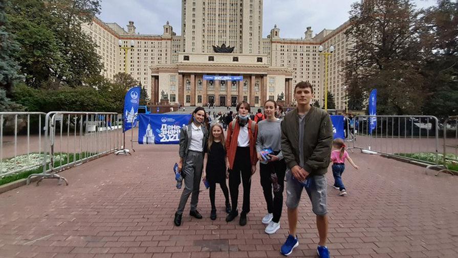 Мать 9-летней студентки МГУ Алисы Тепляковой ответила на претензии ее однокурсников