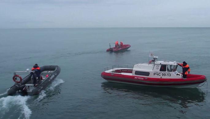 Смыло с палубы: судно с 19 моряками затонуло у Новой Земли