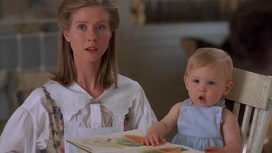 Кадр из фильма «Младенец на прогулке, или Ползком от гангстеров» (1994)