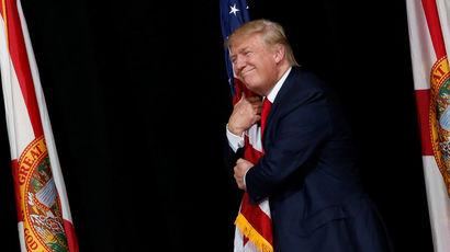 Республиканский кандидат теряет поддержку своей партии