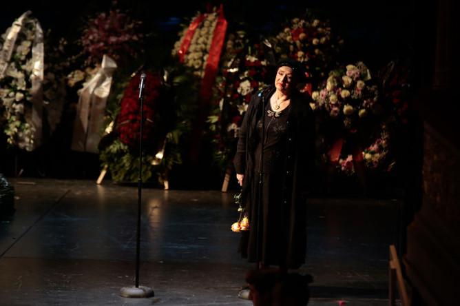 Актриса Зинаида Кириенко на церемонии прощания с актрисой Элиной Быстрицкой в Малом театре в Москве, 29 апреля 2019 года