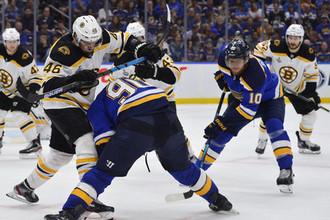 «Бостон» доминировал в третьем матче серии против «Сент-Луиса»