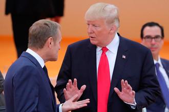 Президент США Дональд Трамп (справа) и председатель Европейского совета Дональд Туск перед началом третьего заседания глав делегаций государств – участников «Группы двадцати», приглашенных государств и международных организаций в Гамбурге, 8 июля 2017 года
