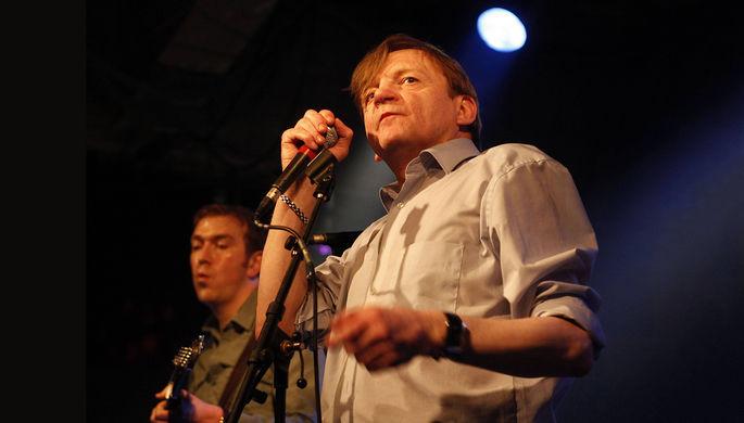 Марк Эдвард Смит во время концерта The Fall, 2011 год