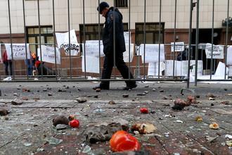 Турецкое посольство в Москве закидали помидорами — скорее всего, тоже турецкими
