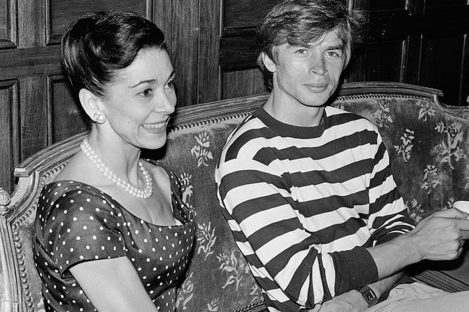 Танцор Рудольф Нуреев и балерина Дама Марго Фонтейн в Ницце. Франция, 1963 год