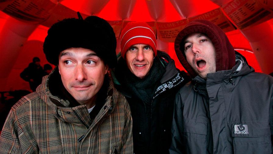Участники Beastie Boys Адам Хоровиц (Ad-Rock), Майкл Даймонд (Mike D) и Адам Яух (MCA) во время кинофестиваля «Сандэнс» в штате Юта, 2006 год