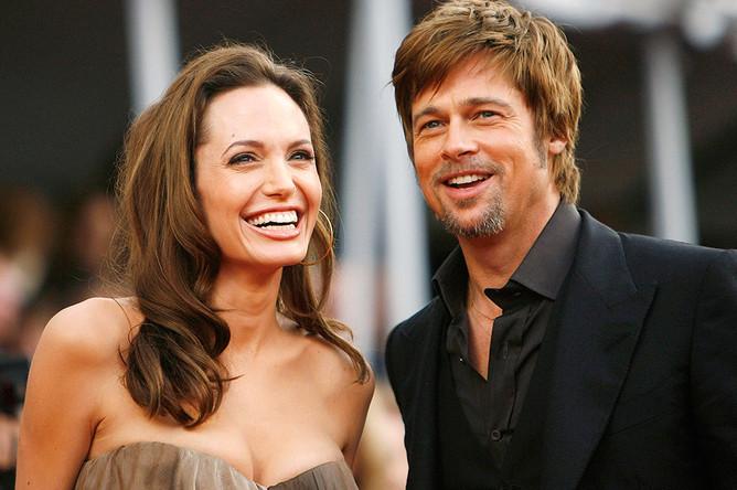 Брэд Питт и Анджелина Джоли перед 14-й церемонией вручения наград премии Гильдии киноактеров США в Лос-Анджелесе, 2008 год
