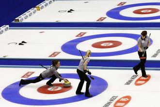 Женская сборная России по керлингу вышла в полуфинал чемпионата мира