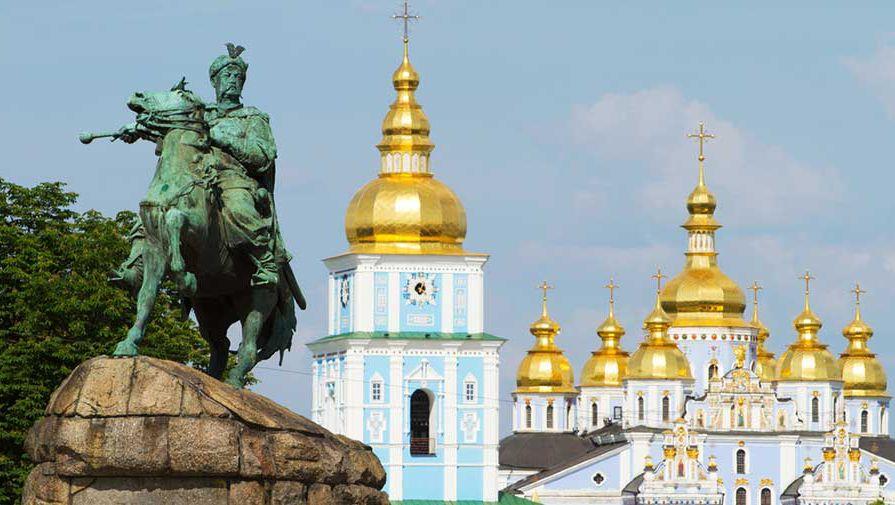 Как устроена жизнь новых украинцев