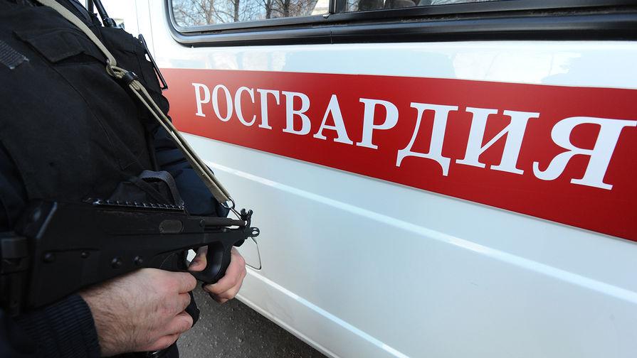 Мужчина устроил стрельбу по росгвардейцу на севере Москвы