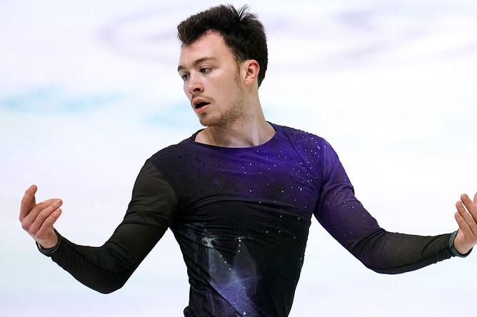 Дмитрий Алиев в произвольной программе в мужском одиночном фигурном катании на чемпионате Европы по фигурному катанию в австрийском Граце