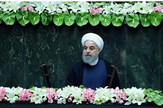 Президент Ирана Хасан Роухани во время церемонии присяги в Тегеране, 5 августа 2017 года