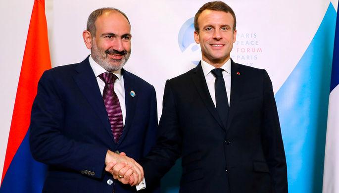Премьер-министр Армении Никол Пашинян и президент Франции Эммануэль Макрон