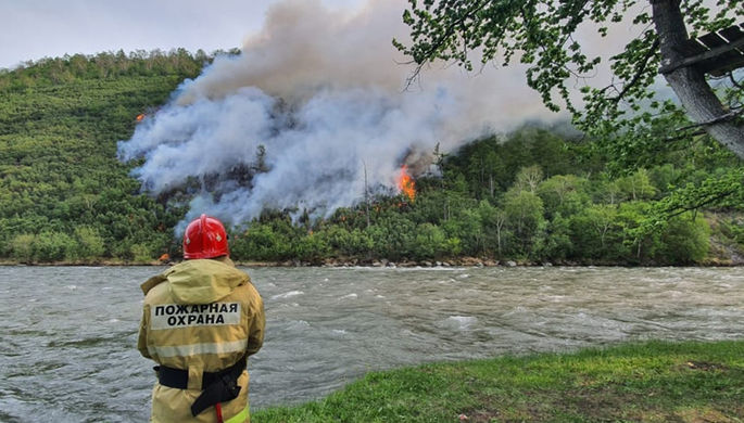 Высокая пожароопасность: Россию ждет аномальная жара