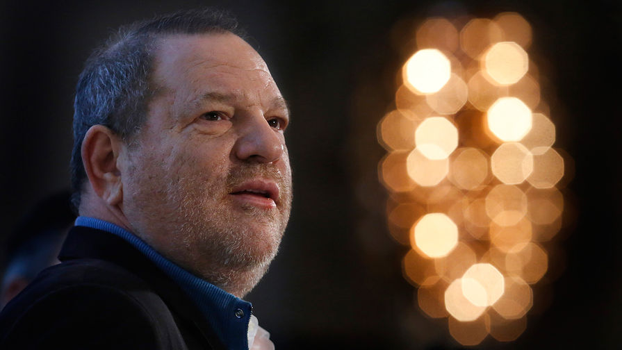 Бывший продюсер Голливуда Харви Вайнштейн предстанет перед судом