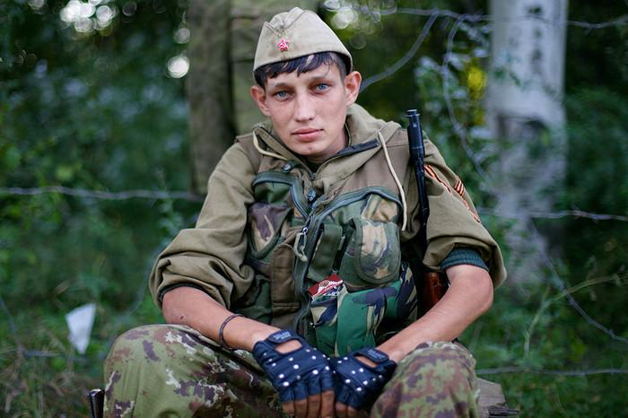Живым и павшим бойцам Донбасса посвящается...