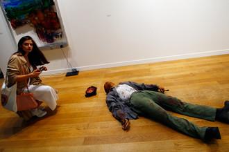 Инсталляция на выставке в Гран-Пале в рамках ярмарки современного искусства FIAC в Париже, 19 октября 2017 года